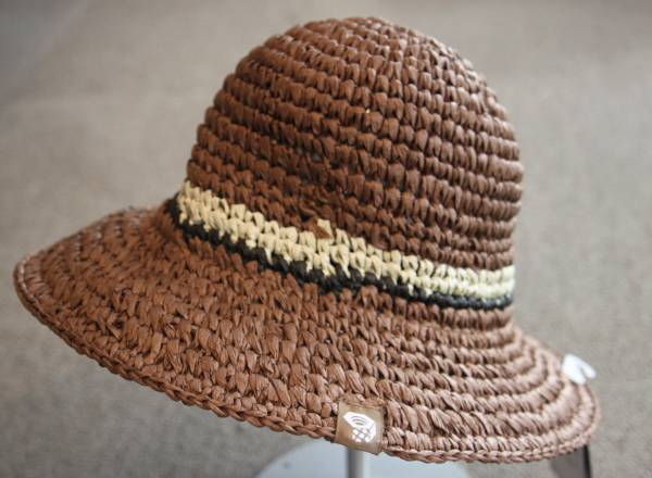 bb1c013fa3145 new goods MOUNTAIN HARDWEAR rough .a bucket hat R Brown for women   mountain  hardware RAFFIA BUCKET tea color WOMENS