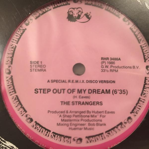 ☆Strangers/Step Out Of My Dream☆メロウ80s BOOGIE!_画像1