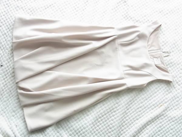 即決DAISY LIN PARIS デイジーリン高級プリーツバルーンデザインワンピース38サイズ クリームベージュ 17/18_画像1