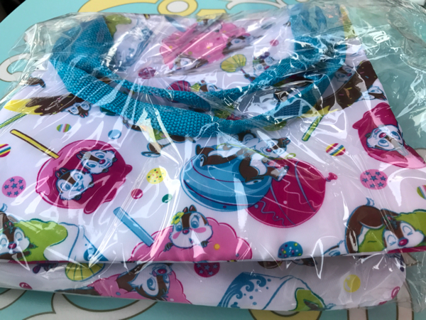 ディズニーランド夏祭り⑤チップとデールの可愛いスーベニアトートバッグ ディズニーグッズの画像