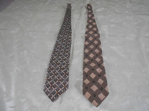 ■男性用 ネクタイGIORGINIジョルジーニ 絹100% 2本UOMO MODA MADE IN JAPAN うす茶 グレイ 黒白■