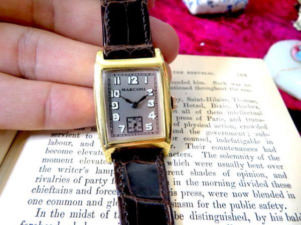 ロレックスのマルコー二★手巻き式のROLEX MARCONI 当店オリジナルのクロコダイルバンド ゴールドのケースが美しい アンティーク腕時計_画像2