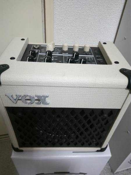VOX MINI5 Rhythm(アイボリー)