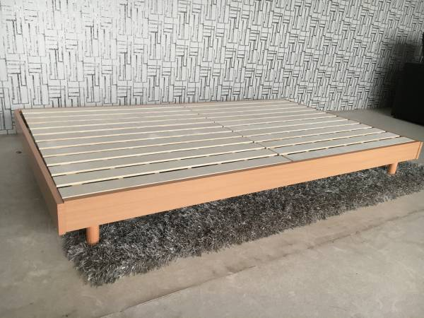 送料無料 ダブルベッド 新品 すのこベッド ロングタイプ210㎝ 分散耐荷重300㎏ ベッド フラット ナチュラル色 (一部地域送別)_画像2