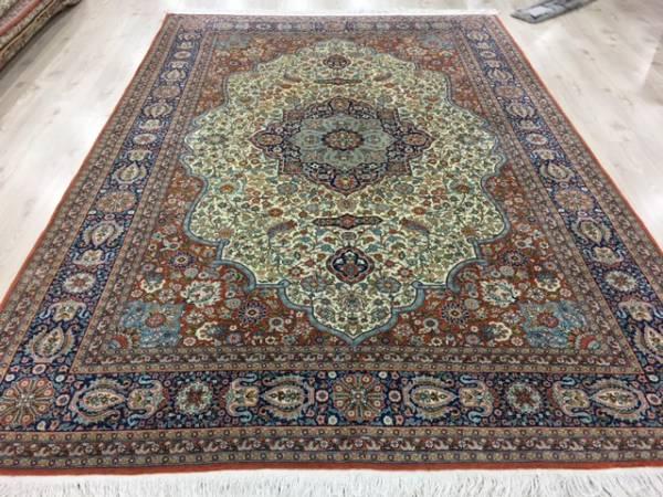 一生ものの絨毯をお探しの方へ!入手困難トルコが誇るへレケ絨毯DURDELE師匠デザイン見事なデザイン宝石の様な絨毯通関済数日のみ割引~_本当にため息の出る見事な細かい絨毯