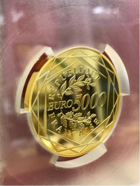 2015年 フランス 5000ユーロ 大型金貨 完全無欠唯一鑑定PR70DCAM_画像2