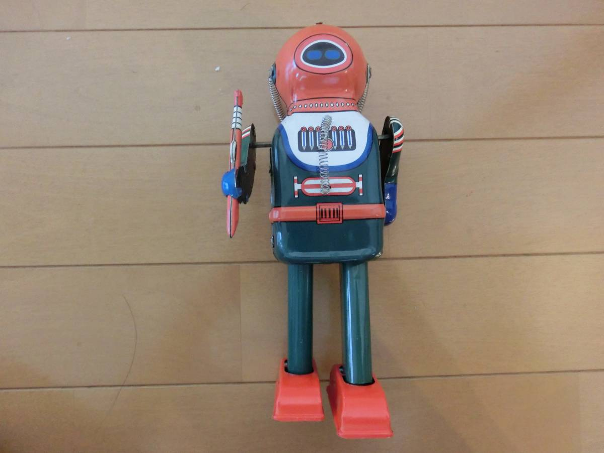 **[ most high quality bargain sale middle ] : super baribari . tin plate toy : robot