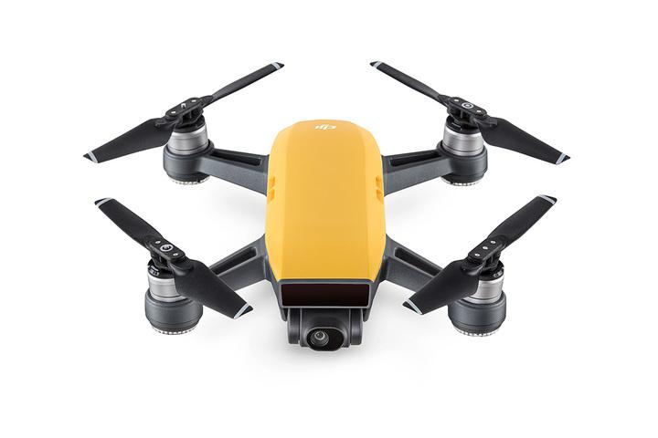 即納◆DJI SPARK FLY MORE コンボ サンライズイエロー 小型ドローン 送信機 カメラ付 高