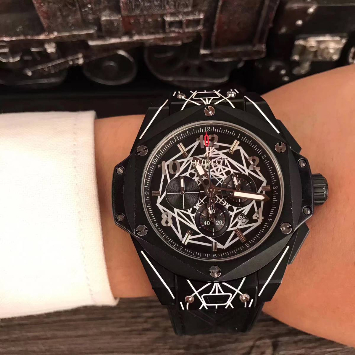 新品 高級感 ウブロ Hublot スケルトン 腕時計 メンズ