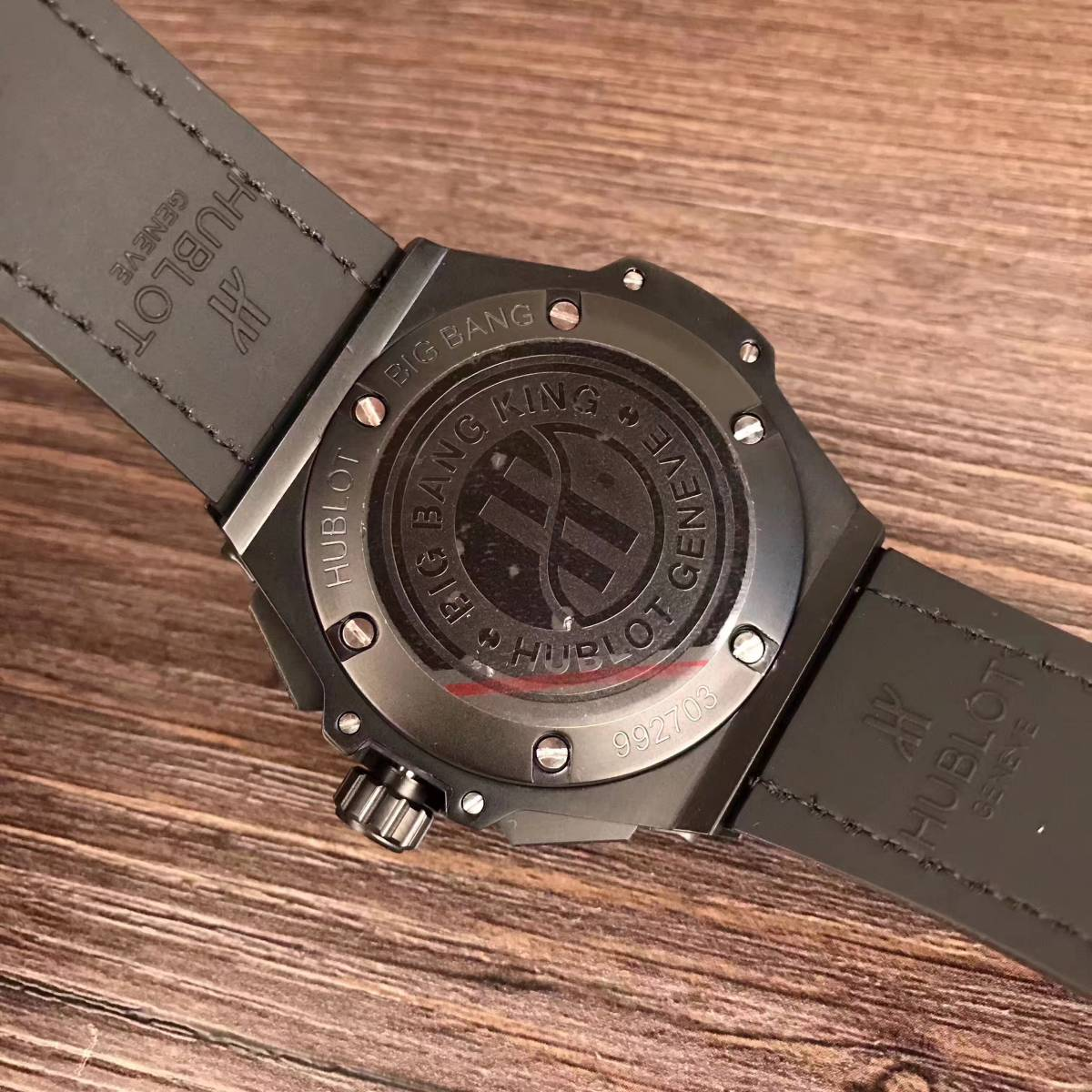 新品 高級感 ウブロ Hublot スケルトン 腕時計 メンズ_画像3
