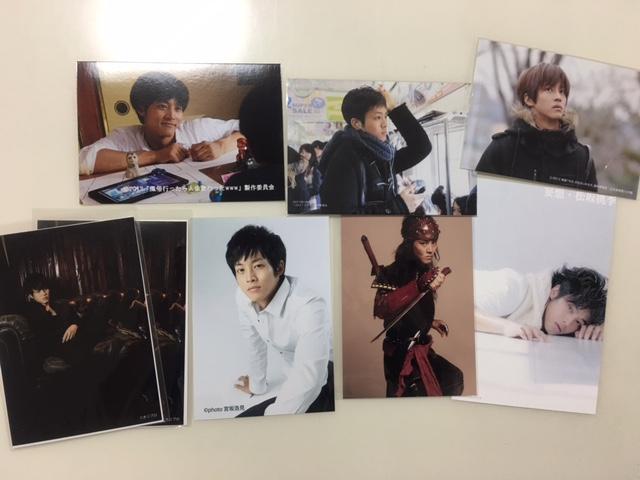 ☆松坂桃李 非売品 生写真7枚 ポストカード1枚 貴重☆ グッズの画像