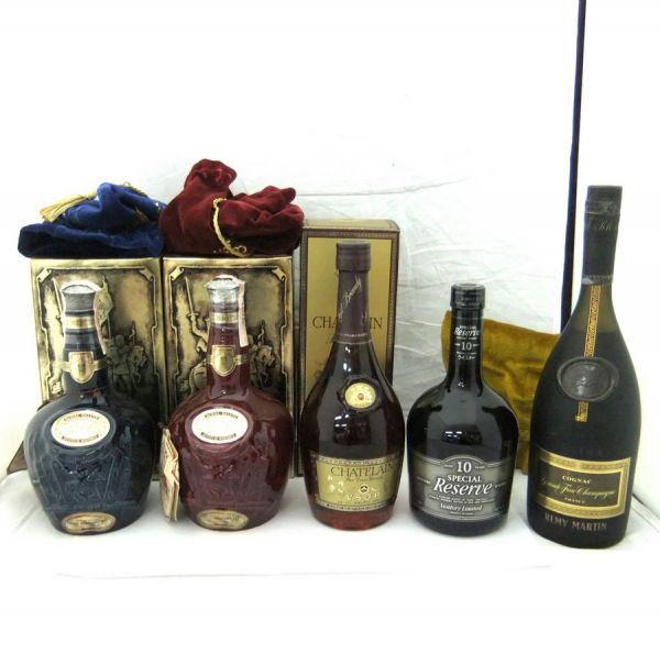 REMY MARTIN EXTRA/SUNTORY SPECIAL Reserve WHISKY/CHATELAIN VSOP/ROYAL SALUTE 21年 赤 青 陶器 計5本 2YKH-007I