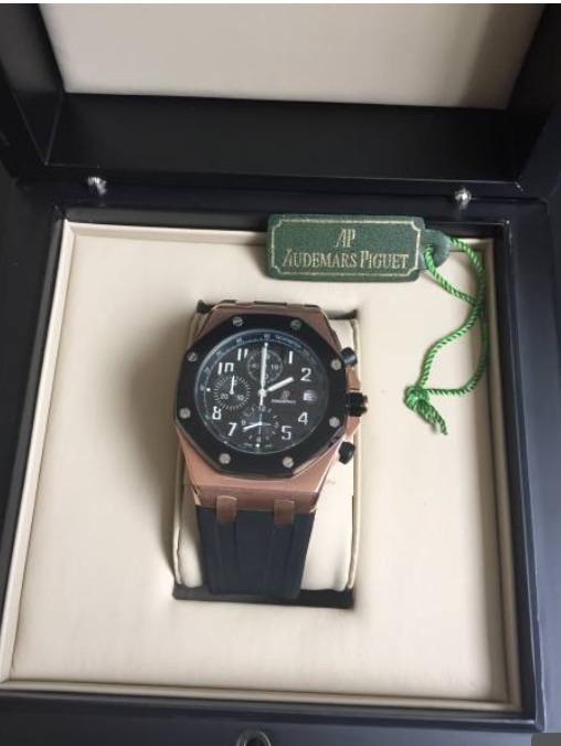 オーデマピゲ ロイヤルオークオフショア クロノグラフ 高級腕時計