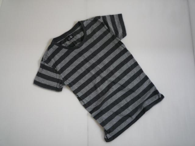 【お買い得!】 ■ チープマンデー / CHEAP MONDAY ■ 半袖Tシャツ [黒 × グレー] メンズ XSサイズ