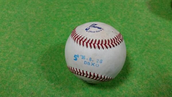 2016年8月28日プロ野球NPB統一球実使用球横浜DeNA 巨人 グッズの画像