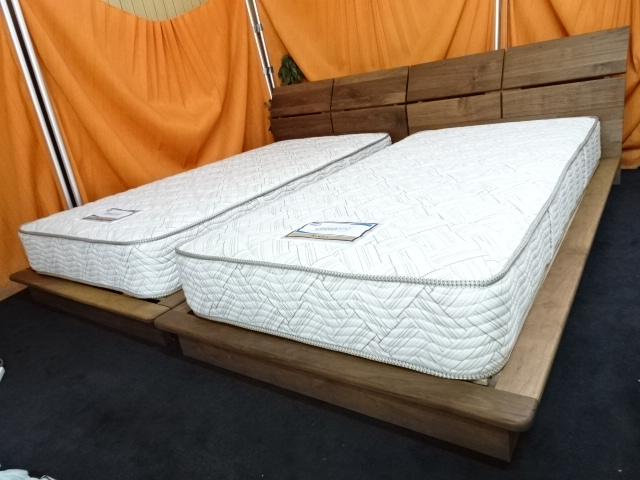送料無料 組み立てサービス付 シモンズ ニューフィット シングルベッド2本セット 展示品