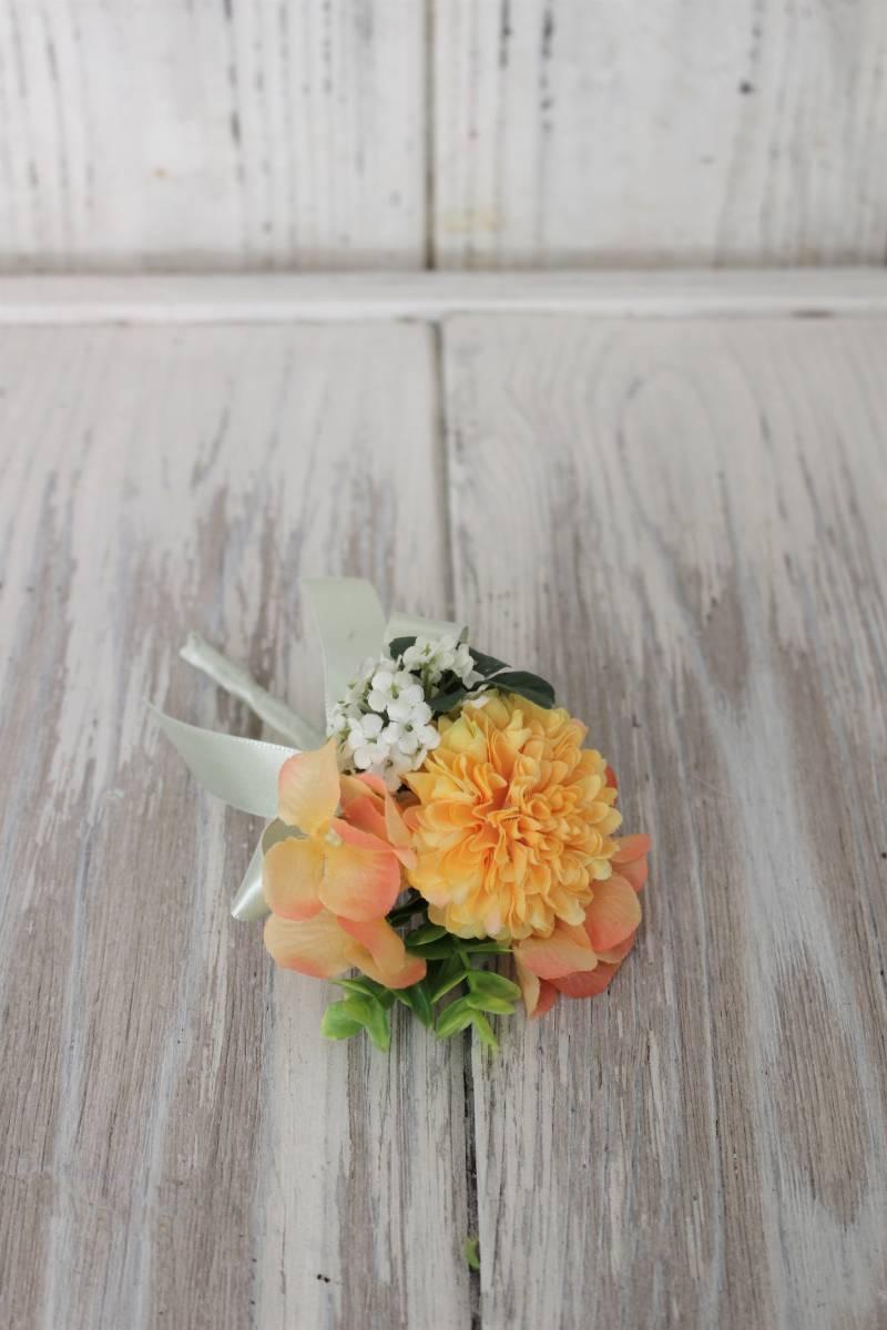 可愛い☆オレンジ☆グリーン☆アーティフィシャルフラワー☆ブーケ☆ブートニア☆造花☆一点もの☆前撮り☆結婚☆ウェディング☆_画像3