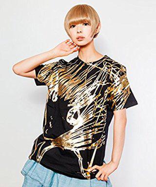 【新品】MIKIOSAKABE × 愛☆まどんな × でんぱ組.inc コラボ レギュラーTシャツ 黒×初期柄 GOLD箔プリント Mサイズ 最上もが ライブグッズの画像