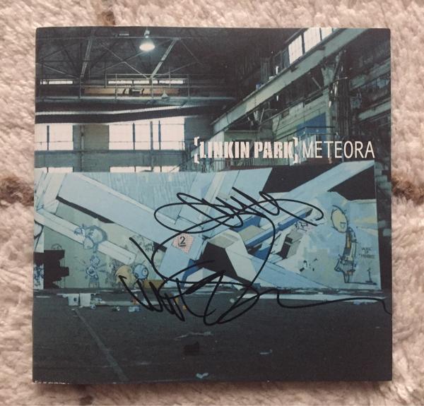 【Linkin Park/リンキン・パーク】チェスター・ベニントン、マイク・シノダ直筆サイン入りCD写真つき