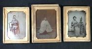 ◆明治期古写真◆ガラス写真 神道黒住教・権訓導及び家族3枚 桐箱入 岡山県