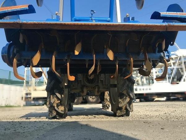 大阪府発 中古 イセキ TM17 トラクター 自動水平 PTO 4WD シート良好 安全バー アタッチメント ロータリー 付 604h 乗用 直K2544115_画像3