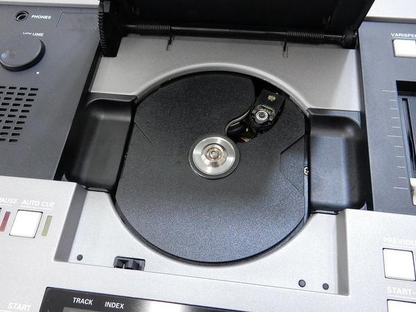 中古 スタジオ業務用 CD Player ストゥーダ STUDER D730 CDS SERIES コンパクト ディスク プレーヤー S2592414_画像4