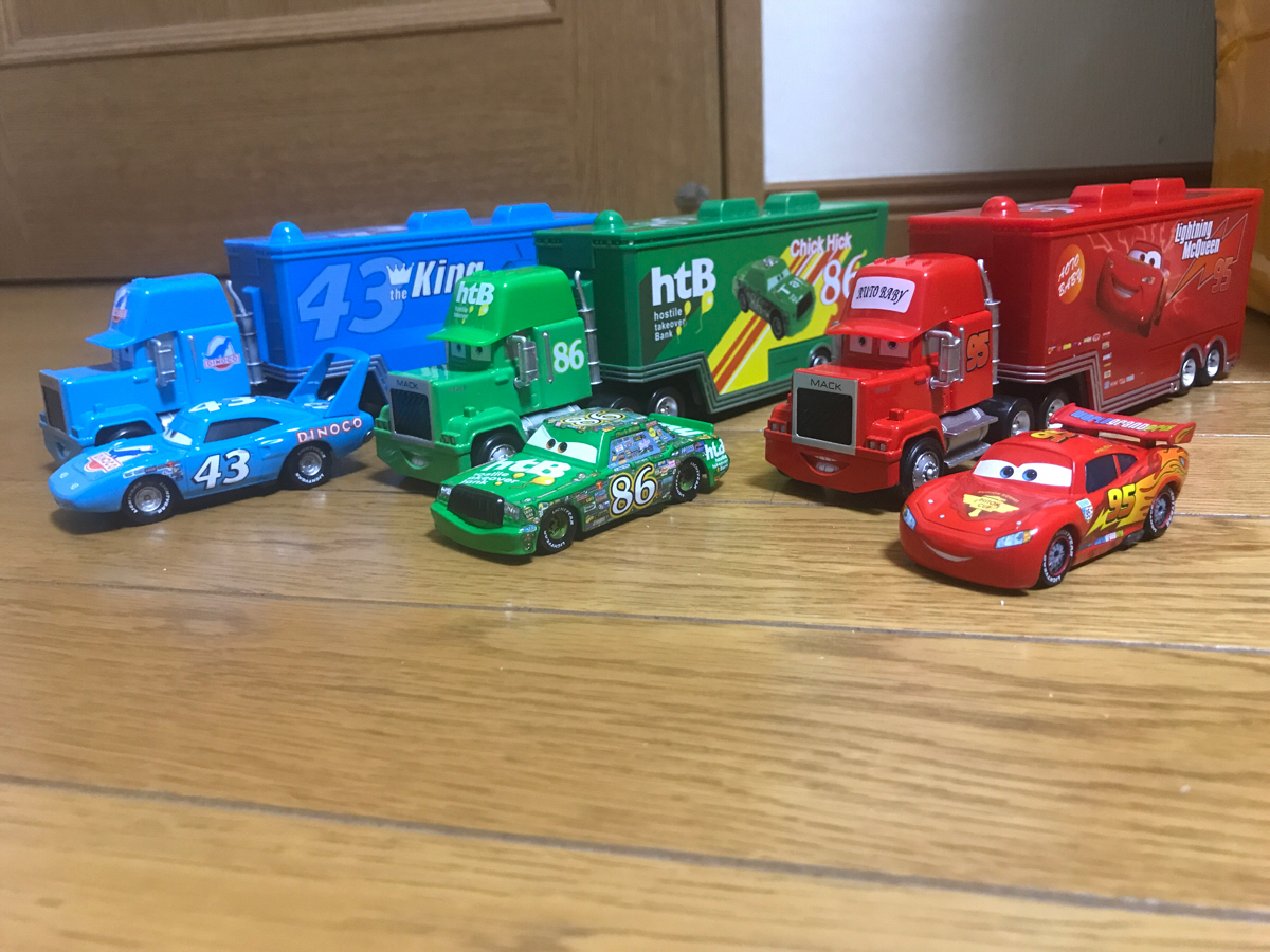 Disney ディズニー cars カーズ マック トレーラー マックイーン キング チックヒックス 6台セット ダイキャストカー マテル トミカ ディズニーグッズの画像