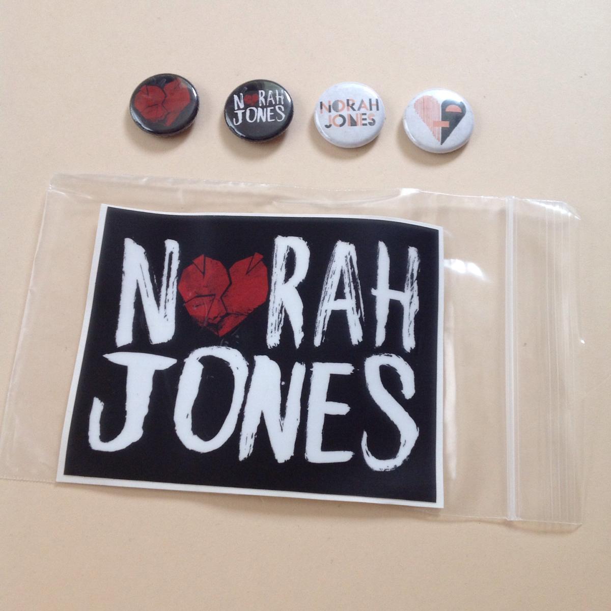 ノラ ジョーンズ NORAH JONES バッジ 4個 + ステッカー まとめて LITTLE BROKEN HEARTS