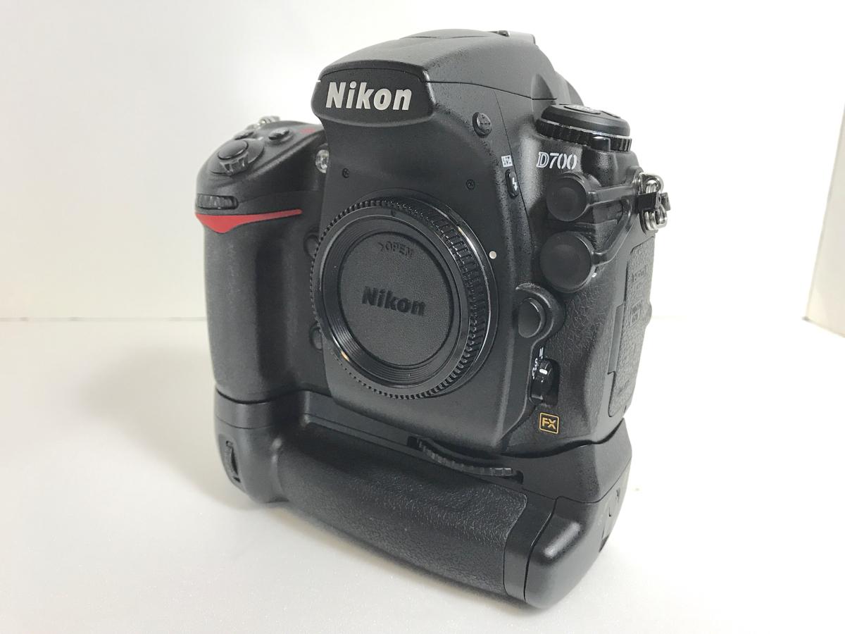 オマケ付き Nikon D700+MB-D10 バッテリーグリップ他