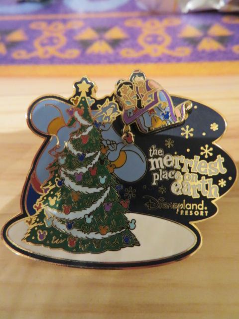 海外 ディズニーランド アラジン ジーニー ジャスミン 魔法の絨毯 ピントレーディング 2003年 ピン ピンズ ディズニーグッズの画像