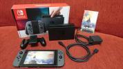 美品♪ Nintendo SWITCH 任天堂 スイッチ 本体 Joy-Con (L) / (R) グレー 箱付き♪ ゼルダの伝説 ブレスオブザワイルド ソフト付き♪