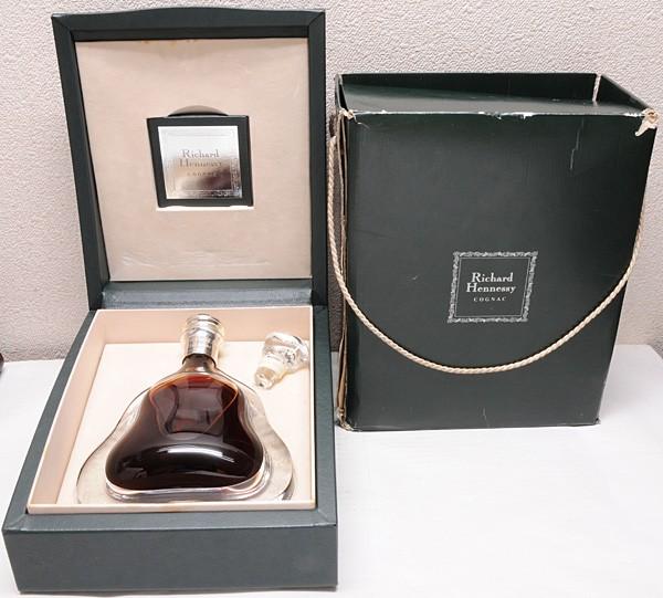 【2s1】 Richard Hennessy COGNAC リシャール ヘネシー 750ml 旧ボトル バカラ 古酒 替栓 箱 冊子 SAKE コニャック 未開栓