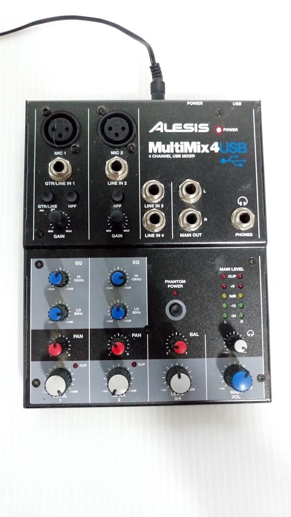 1円~売切★☆ALESIS MULTIMIX 4 USB 4チャンネル デスクトップ ミキサー 音響機材 No.90