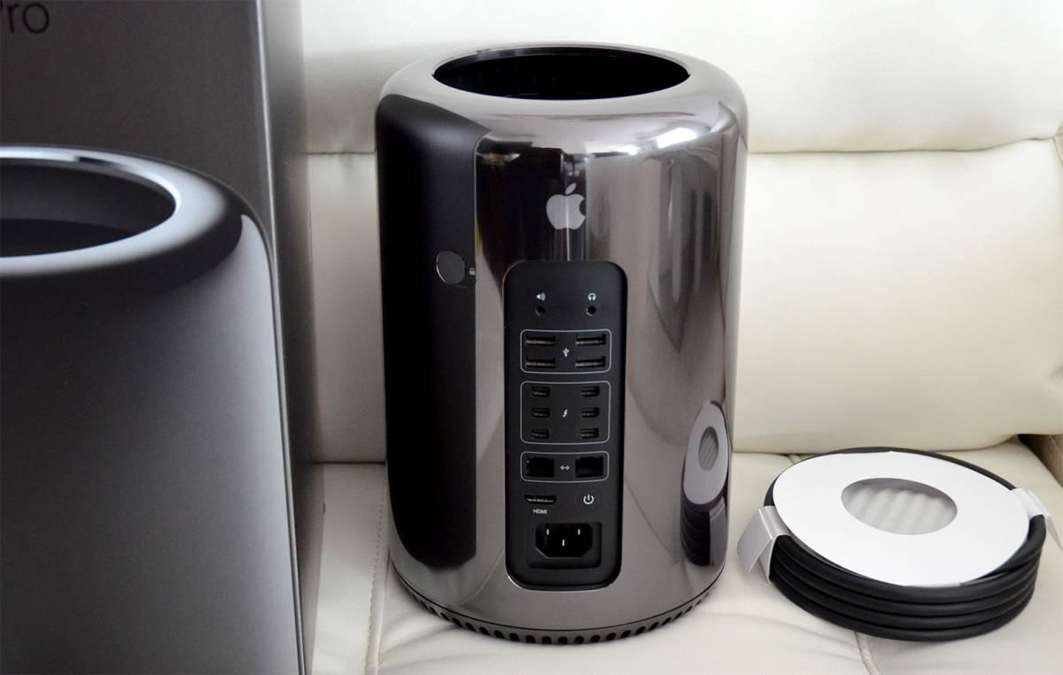 Mac Pro Late 2013 MD878J/A / Xeon E5 2.40 GHz 12-Core(TB3.20GHz/HT24Core)/ 純正CT