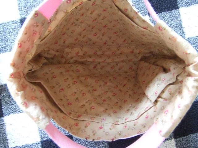 新品 ハンドメイドバッグ トートバッグと小物入れポーチ 手提げかばん 化粧ポーチ2個セット_画像3