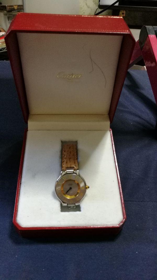 ★おすすめ★カルティエ Cartier must de 21 お勧めおしゃれ本物純正時計 ギャランティカードなし正規箱のみあり フランス時計★_画像1
