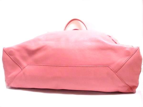 美品 バレンシアガ ザ・シティー ハンドバック ピンク レザー シルバー金具 ミラー付 保存袋 トート ペーパーバッグ ロゴ A4_画像3