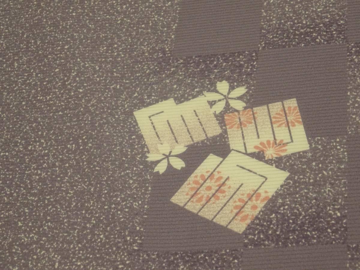 夏物★新品・正絹・反物★福井県・春江縮緬・絽小紋着尺★市松に源氏香桜柄_画像3