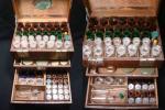 「津軽の旧家」明治創業 町医者の手持ち薬瓶入 68本 希少 格安!ガラス瓶