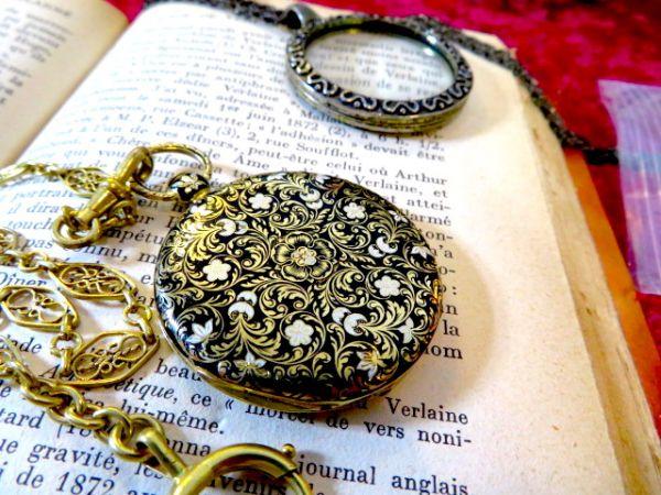 1830年の懐中時計ですよ♪ 18金無垢の高級品 アンティーク 美しいアンティークなチェーンをおつけします 18K 鍵 手巻き ウォッチ 機械式_画像2
