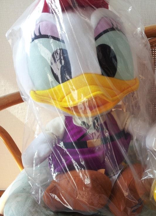 ディズニーシー非売品ぬいぐるみ パイレーツサマー2017 デイジー ディズニーグッズの画像