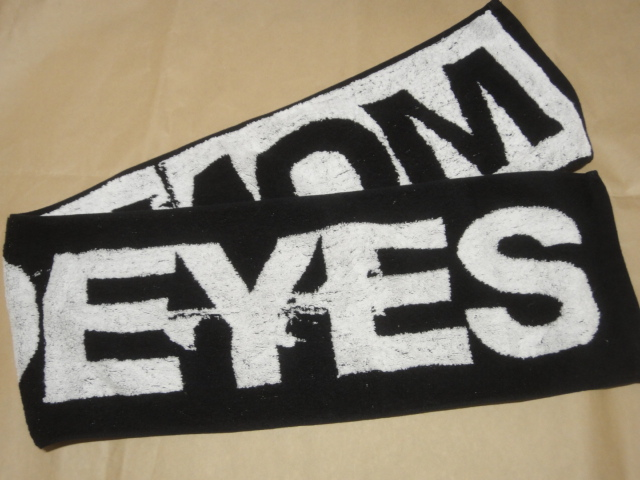 [グッズ] MONOEYES (モノアイズ) 「マフラータオル (ブラック×ホワイト)」 / 黒 白