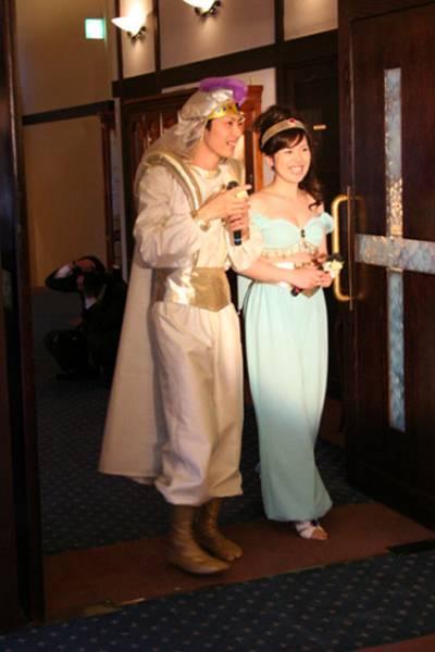 ディズニー アラジン王子様+ジャスミン姫ディズニー仮装 髪飾り 帽付コスプレ衣装 ディズニーグッズの画像