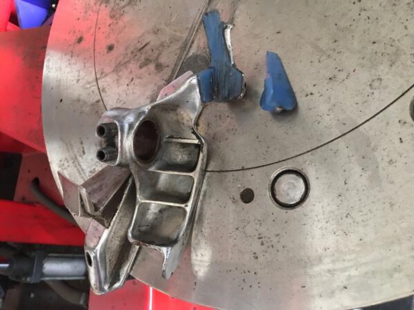 「最終値下げ どうぞ!小野谷 TOYOSEIKI タイヤチェンジャーのアームの爪 (タイヤチェンジャー)」の画像