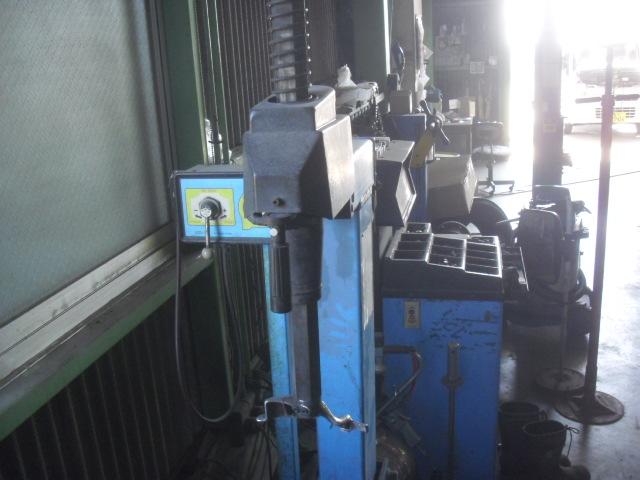 「タイヤチェンジャー TO-5050A 小野谷 OEM 鹿児島市 (タイヤチェンジャー)」の画像