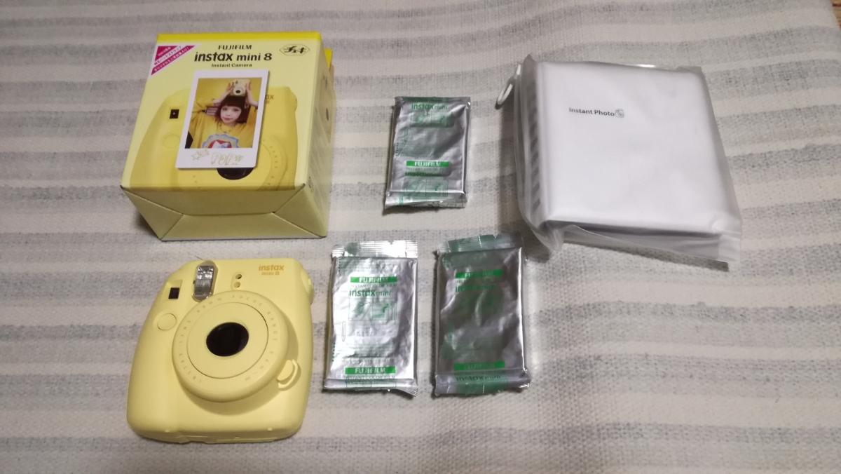 中古美品!アルバム付!FUJIFILM instax mini 8 フィルム40枚。チェキ 黄色
