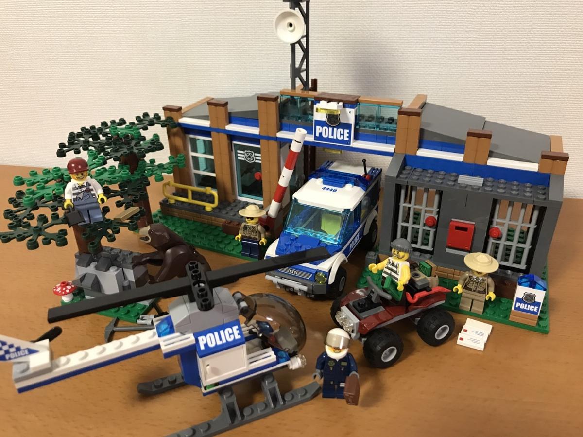 レゴ 4440 シティ フォレストポリスステーション City Police Forest Station  T2