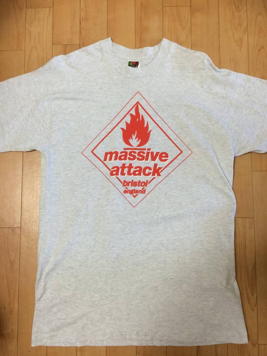 90s ビンテージ massive attack Tシャツ マッシヴアタック マッシブアタック / bjork ビョーク ライブグッズの画像