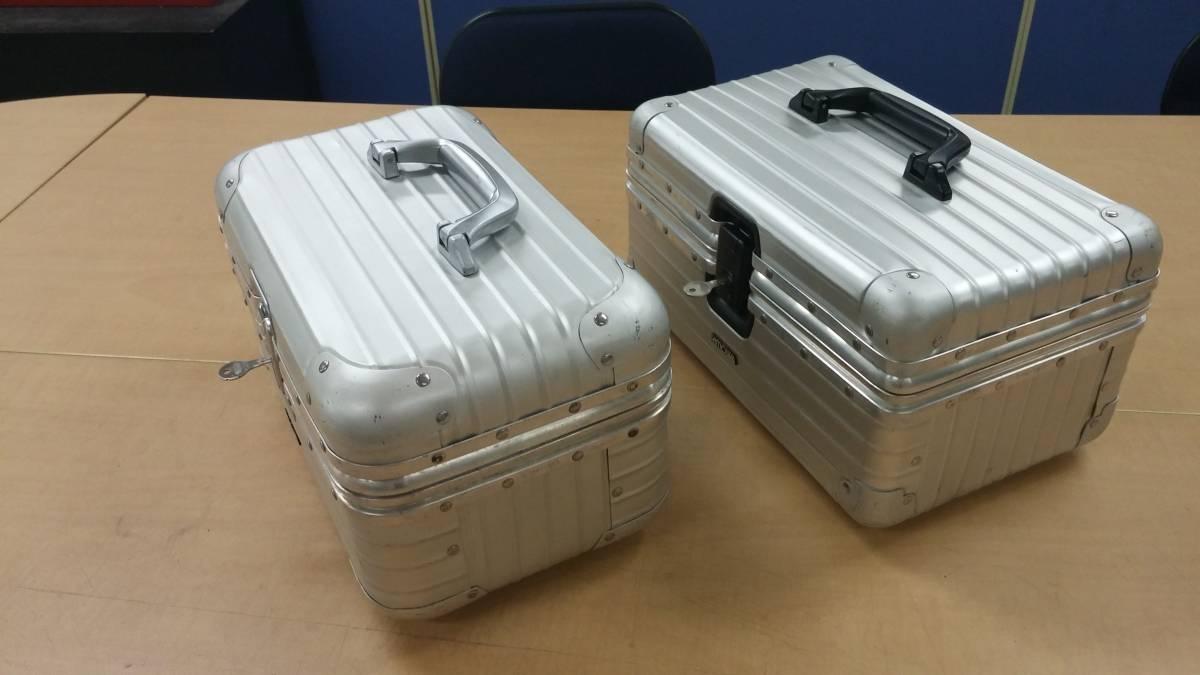 ビンテージrimowaリモワ工具箱コスメケース共通キー鍵付きレトロ化粧アルミケース美品エンブレム型メイクボックス カメラケース_画像2