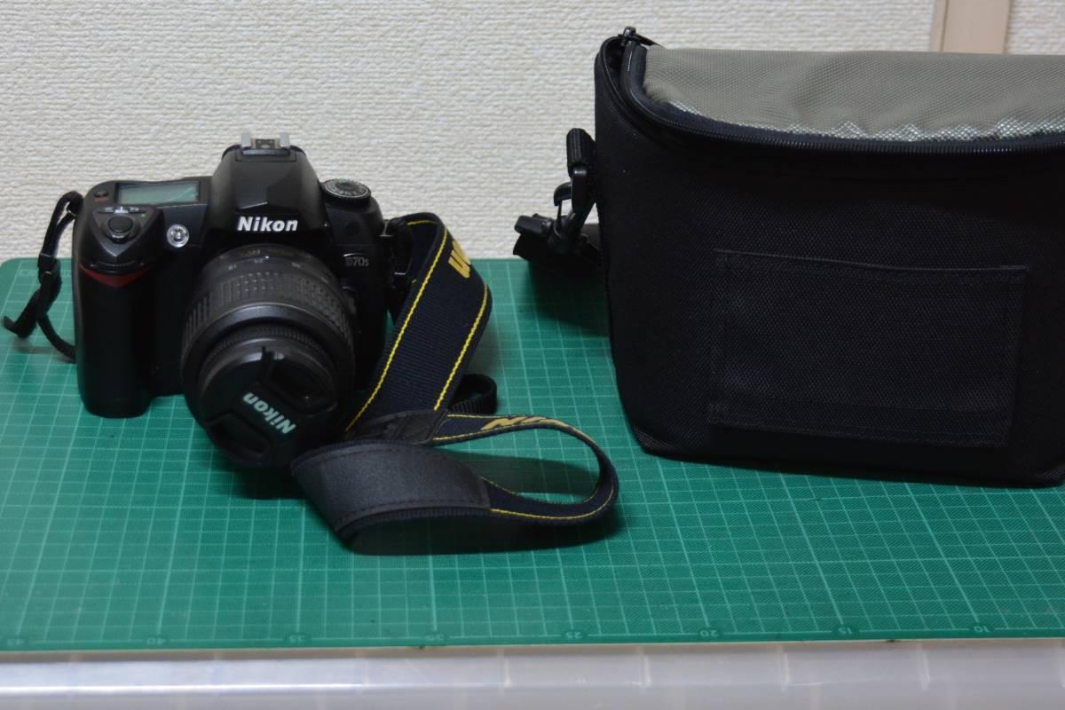 Nkon D70S デジタル一眼レフ 18-55mmDX VR レンズ付き べたつきも無く 完動品